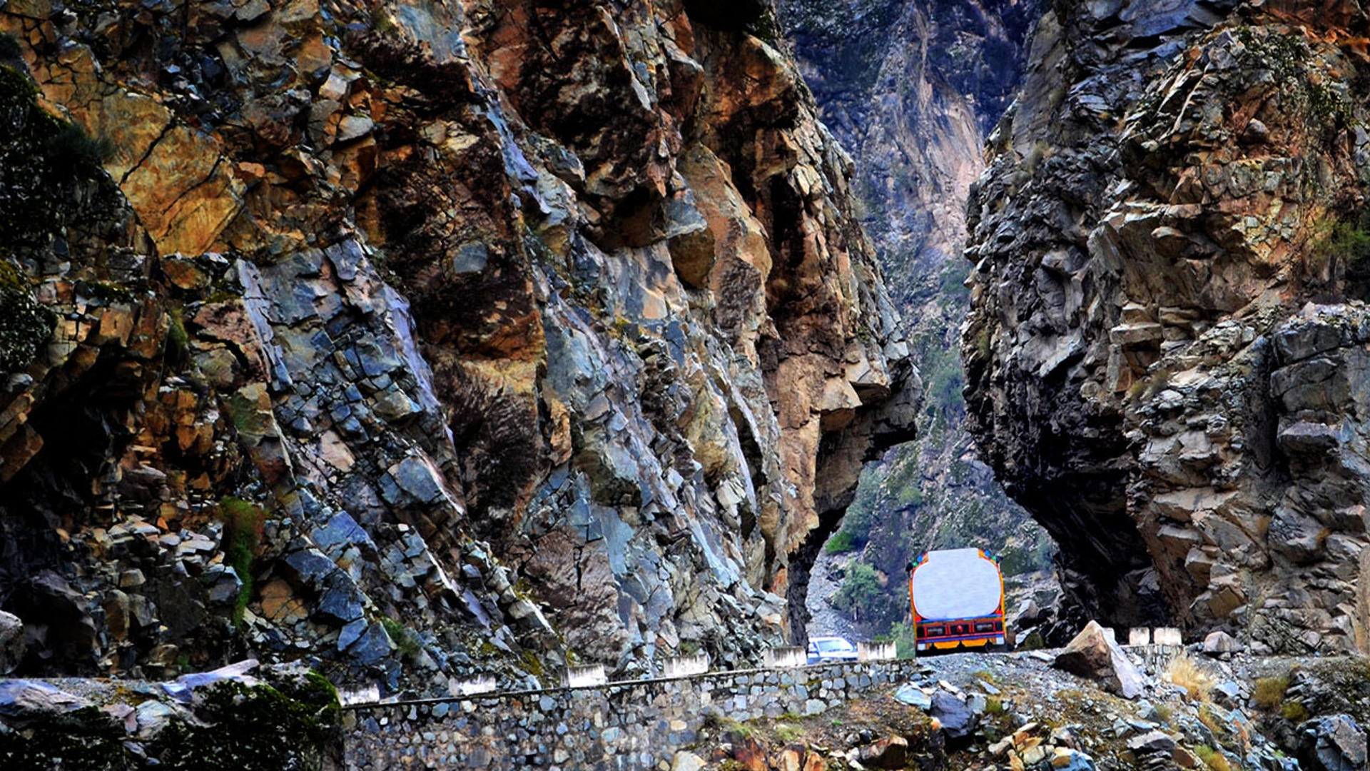 The World S Most Dangerous Roads For Truck Drivers Knorr Bremse Group